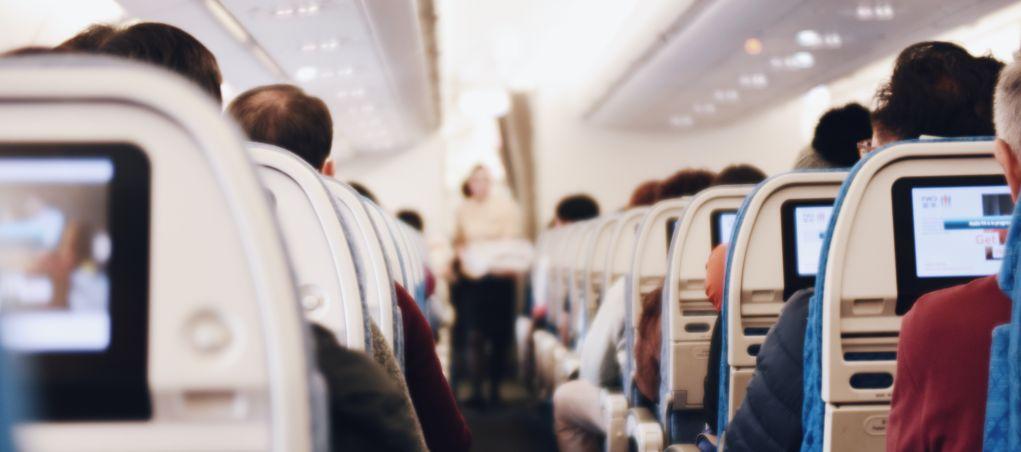 מצלמות נסתרות בטיסות מסחריות