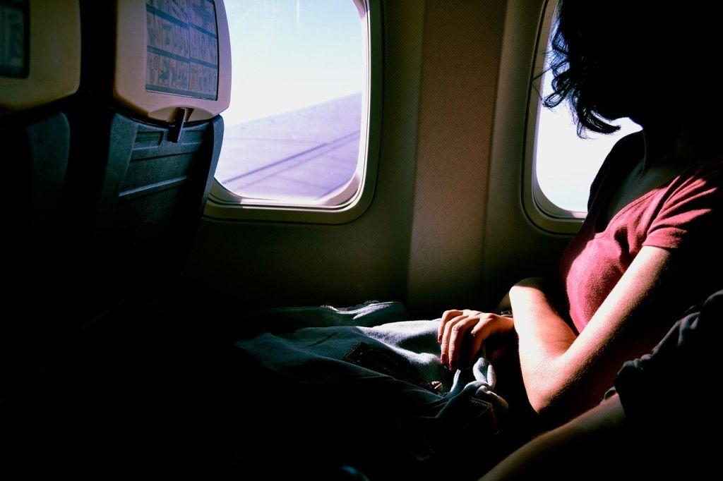 מצלמות נסתרות במטוסים